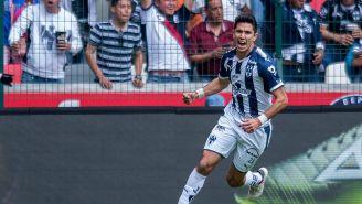Jesús Molina celebra un gol con Rayados