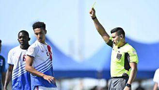 Edgar Araujo saca amarilla en el premundial Sub 20 de Concacaf