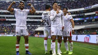 El festejo del gol de Chivas
