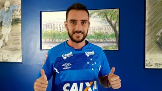 Mancuello sonríe tras incorporarse al Cruzeiro de Brasil