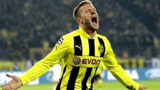 Jakub Blaszczykowski celebra una anotación con el Borussia Dortmund