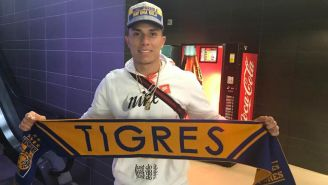 Carlos Salcedo arriba a Monterrey