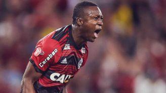 Marlos Moreno celebra una anotación con el Flamengo