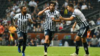 Rodolfo Pizarro celebra un gol ante Veracruz