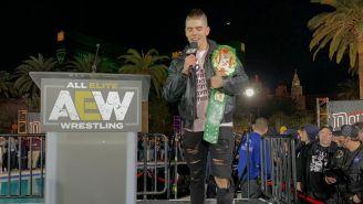 Sammy Guevara con el título de Peso Crucero AAA