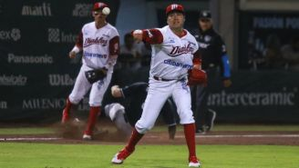Arturo López, durante un juego con los Diablos Rojos
