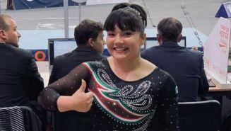Alexa Moreno sonríe tras una participación