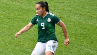 Charlyn Corral durante encuentro de la Selección Mexicana