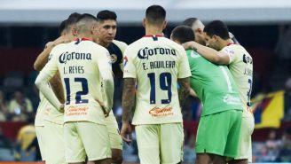 Los jugadores del América, reunidos durante el juego contra Puebla