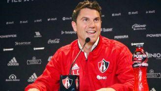 Leandro Cufré durante una conferencia de prensa