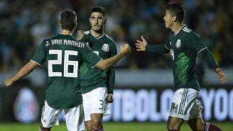 Selección Mexicana celebra anotación en partido