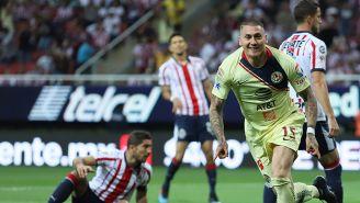 El chileno Nico Castillo ya sabe lo que es hacer gol en un Clásico Nacional