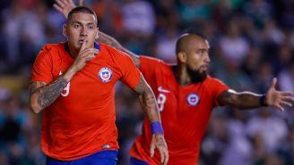 Nico Castillo festeja gol ante la Selección Mexicana