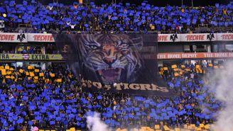 Afición de Tigres alienta a su equipo previo a duelo vs Cruz Azul
