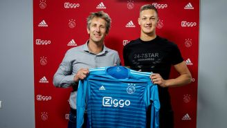 Van der Sar presenta a Scherpen como nuevo fichaje del Ajax