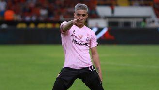 Brian Fernández previo a un partido con el Necaxa