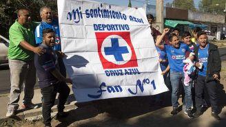 Afición de Cruz Azul previo a un partido