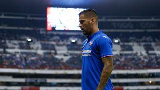 Édgar Méndez, durante un juego con Cruz Azul en el Azteca