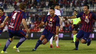 Escobar es un central que además sabe ir al frente y anotar goles