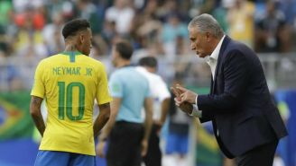 Tite da indicaciones a Neymar