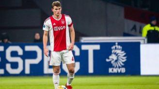 Matthijs de Ligt durante un juego con el Ajax