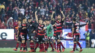 Xolos festeja victoria en la Liga MX