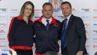 Ramón Villa Zeballos, presentado como entrenador de Chivas Femenil