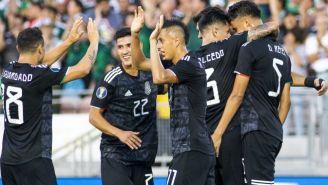 Jugadores de México festejan un gol vs Cuba en Copa Oro 2019