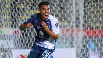 Carlos Rodríguez celebra un gol con Rayados