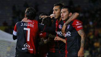 Jugadores del Atlas en festejo de gol