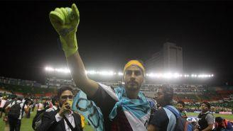 Nahuel Gumzán festeja el título con Tigres