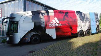 Autobús de Adidas