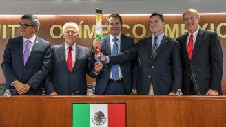 Carlos Neuhaus, Carlos Padilla, Julio Garro en conferencia de prensa