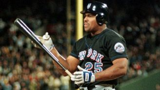 Bobby Bonilla en un partido con los Mets