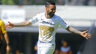 Alan Mendoza celebra un gol ante Irapuato