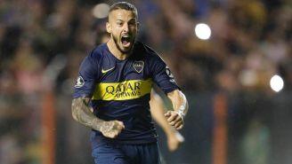 Darío Benedetto celebra una anotación con Boca Juniors