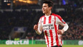 Hirving Lozano durante un partido con el PSV Eindhoven