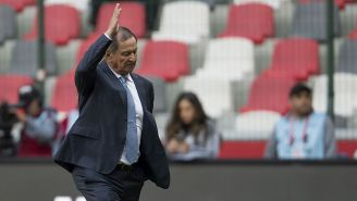 Enrique Meza durante un partido con Veracruz