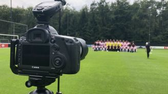 La plantilla del PSV posando para la foto oficial de la temporada