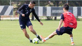 Rogelio Funes Mori, durante un entrenamiento con Monterrey