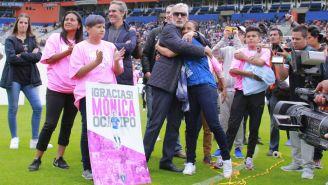 Mónica Ocampo, felicitada por su trayectoria