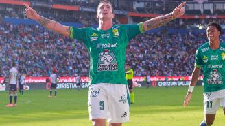 Leonardo Ramos celebra el tercer gol de León sobre Pachuca
