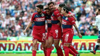 Chivas celebra su gol ante Puebla