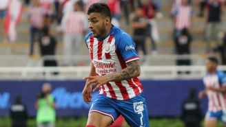 Alexis Vega, durante un duelo de Copa con Chivas