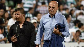 Chelís abandona el terreno de juego molesto tras derrota