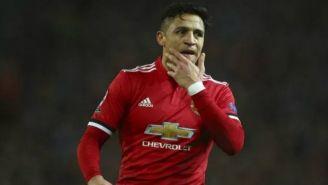 Alexis Sánchez durante un partido con el Manchester United