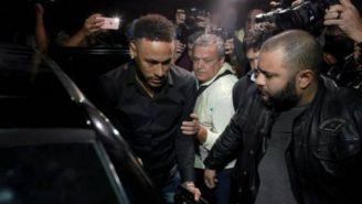 Neymar se presenta a declarar tras ser acusado de violación
