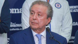 Víctor Garcés en conferencia de prensa