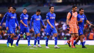 Jugadores de Cruz Azul, tras un partido en el A2019