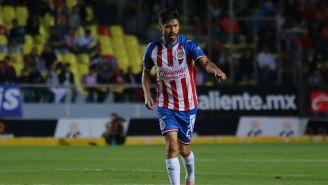 Oribe Peralta jugando con Chivas